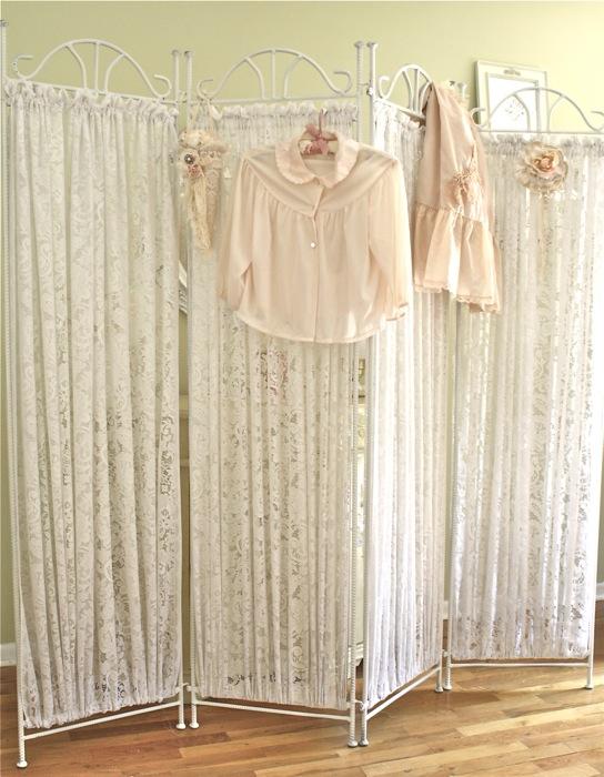 The Polka Dot Closet Lace Folding Screen