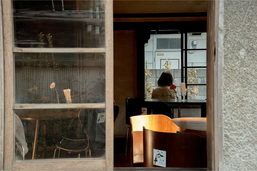 上野桜木あたりビアホール