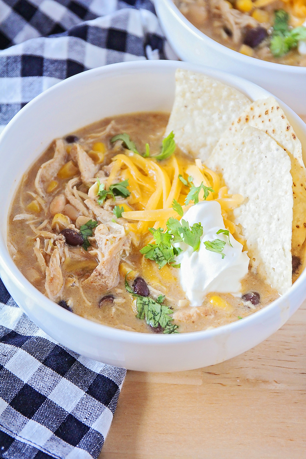 This instant pot white chicken chili is simple to make, and so hearty and delicious!