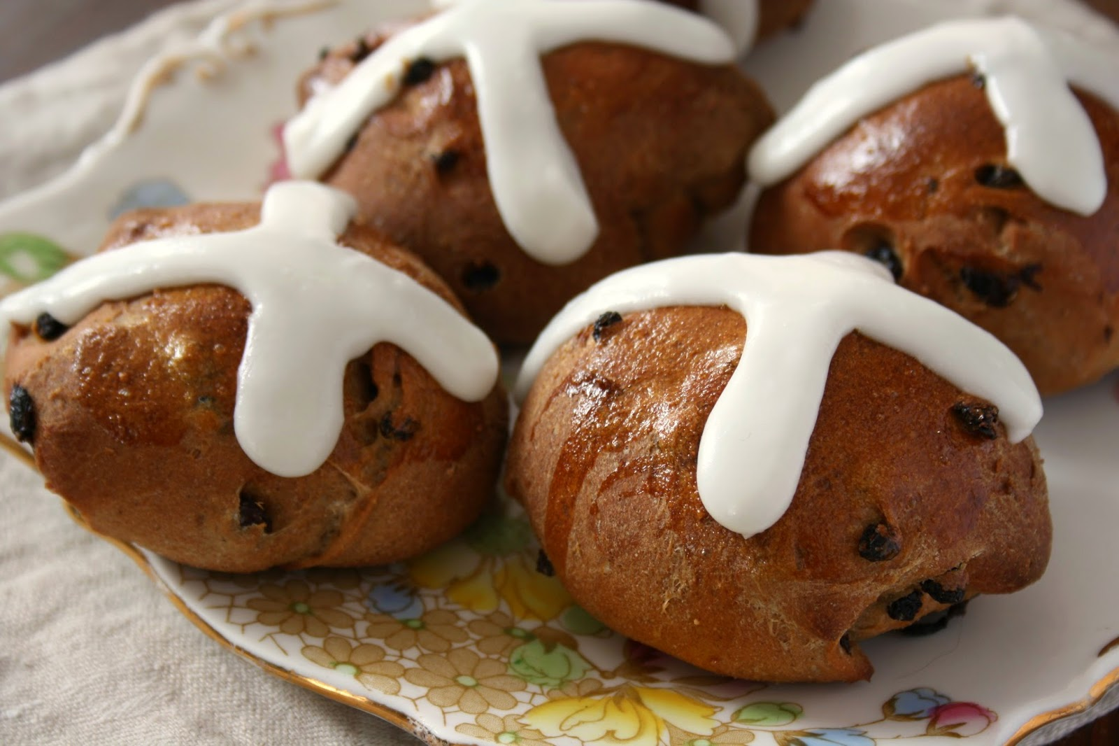 Hot Cross buns - a lightly spiced Easter bread that's easy to make