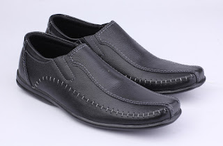 grosir sepatu kantor pria,grosir sepatu kerja pria, grosir sepatu kerja murah,sepatu kerja klasik kulit,gambar sepatu kerja pria terbaru,sepau kerja ori kulit