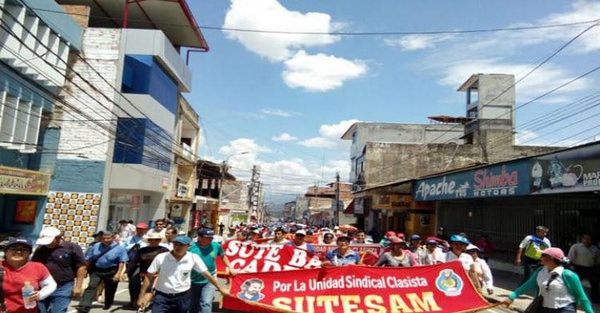 UGEL San Martín realiza paro de 24 horas para apoyar huelga magisterial - Tarapoto