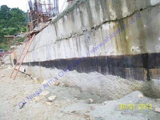 waterproofing dinding basement dengan menggunakan material waterproofing membrane bakar