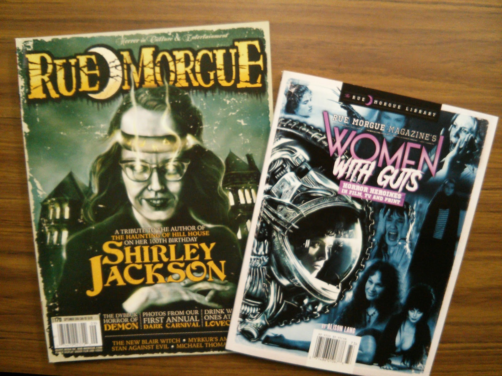 Fluffy The Vampire Slayer - Cats and Horror blog: June 2017