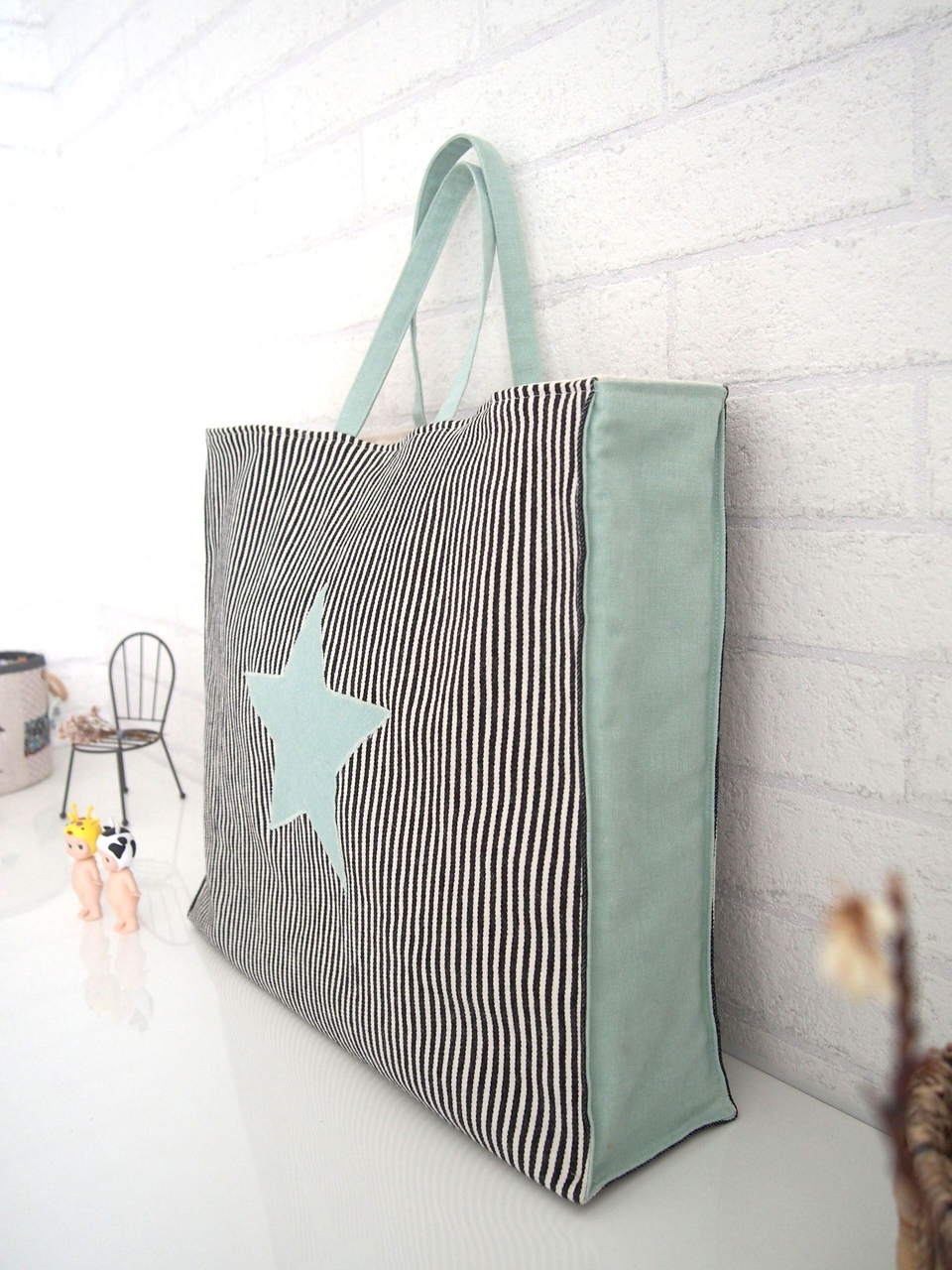 How To Sew a Tote Bag. Classic Tote Tutorial