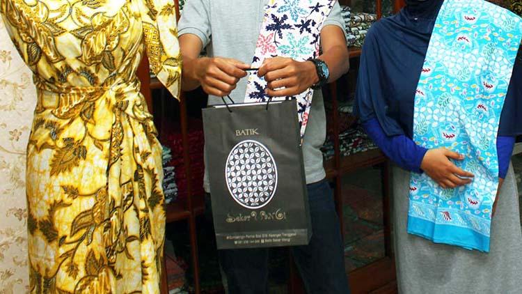 Cara Membedakan Kain Batik Tulis, Batik Cap Dan Batik Printing