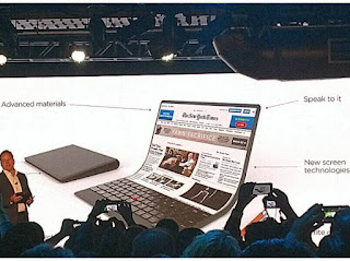 Lenovo showed off a new concept laptop with bizarre foldable display