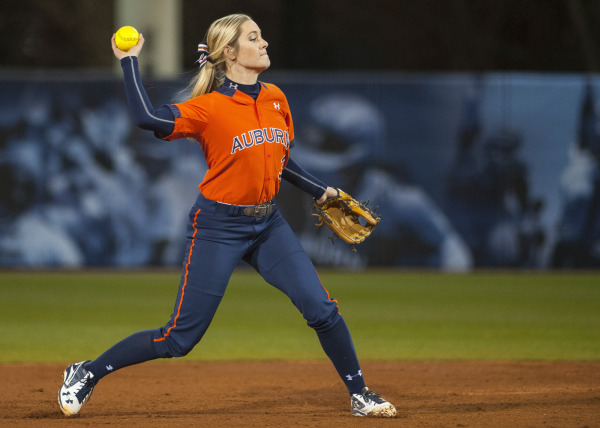 Auburn Softball 2016 Whitney Jordan