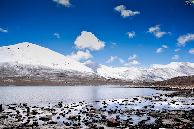Gurudongmar Lake, the Holy Lake, offer your heartfelt prayers here: Photo by Jayashree Sengupta @DoiBedouin