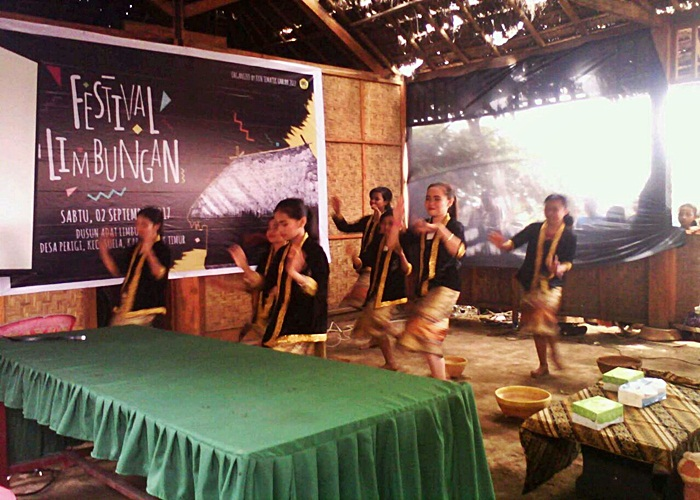 Ngayu Ayu Desa Adat di Festival Limbungan