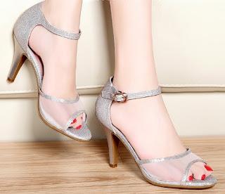 Sandal Yang Cocok Untuk Kebaya