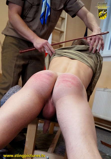 приказал порка ремнем онлайн наказание смотреть сперма ножках
