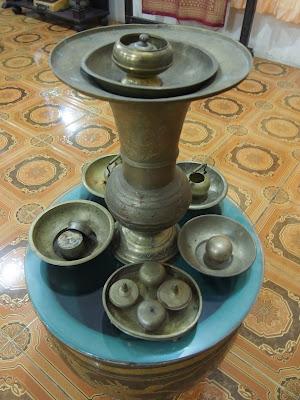 koleksi museum zainal songket palembang