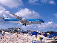 Bandara Dengan Landasan Pacu Paling Ekstrim di Dunia