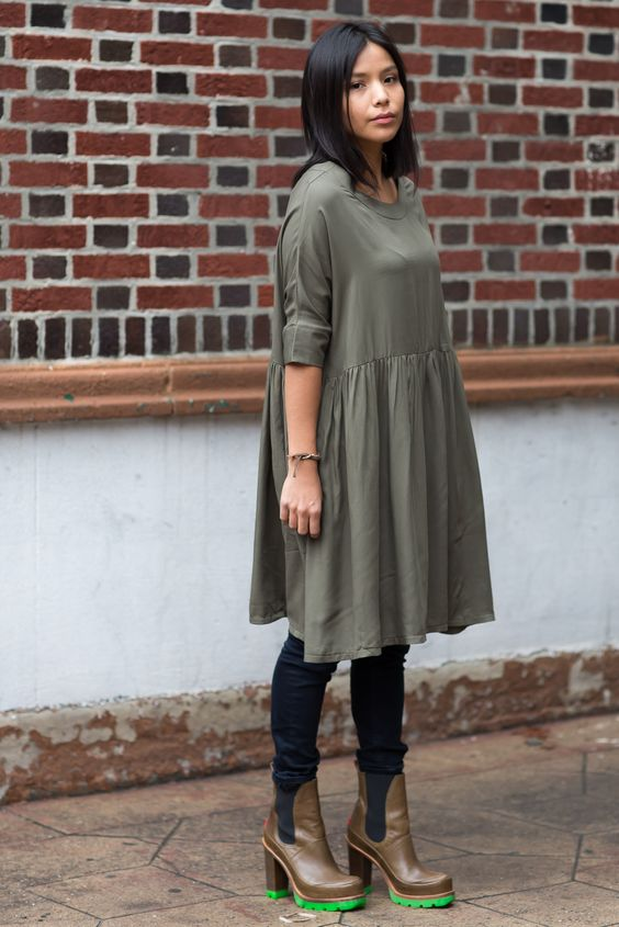 I m also eyeing up pieces from Mimu Maxi (I ve featured there skitleggings  here) like their version of the smock  021e1f9b3