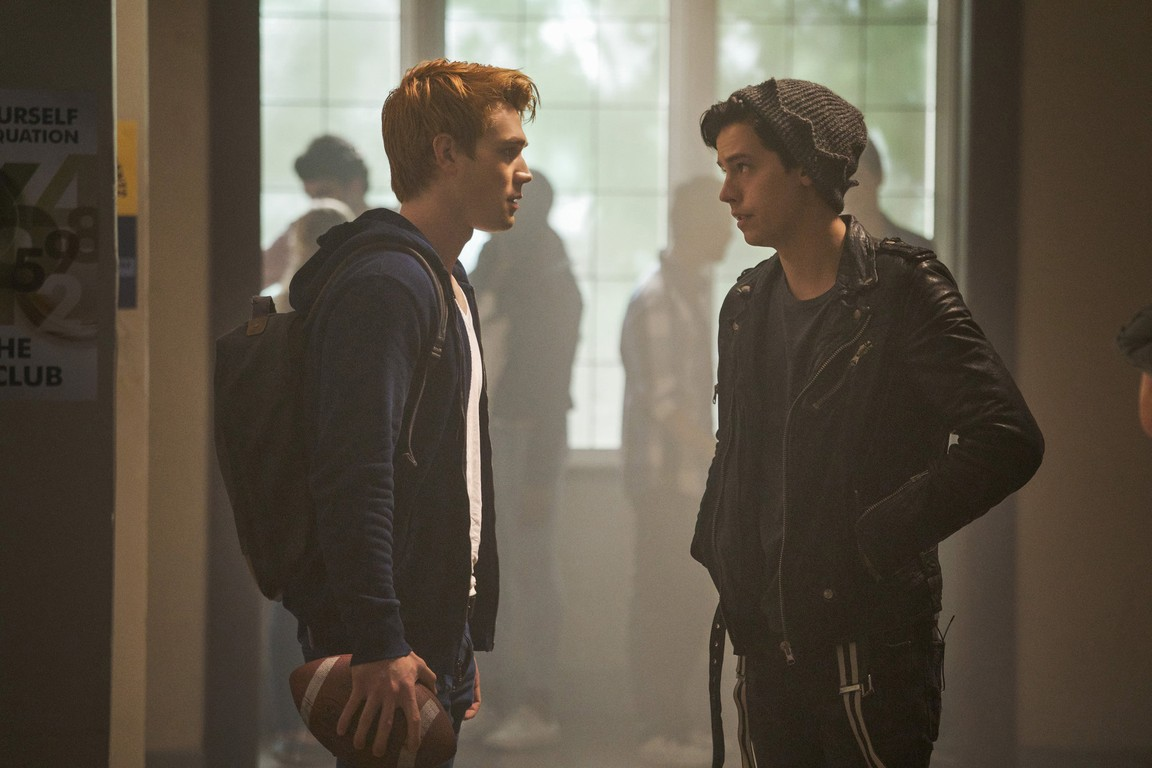 Riverdale - Season 2 Episode 07: Chapter Twenty: Tales from the Darkside