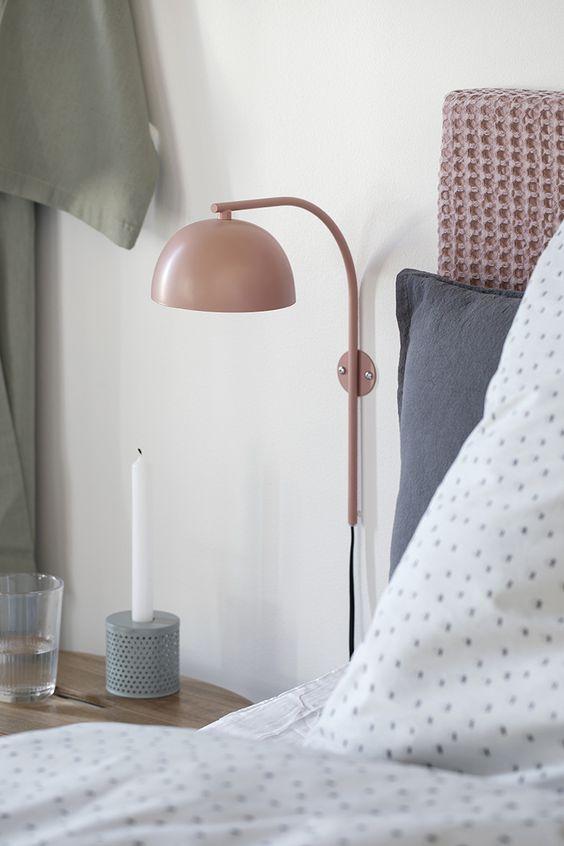 Jak wprowadzić pastelowe barwy do sypialni?
