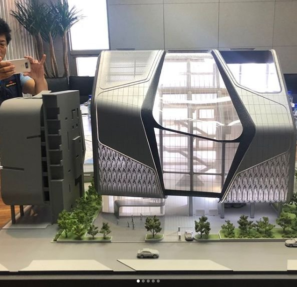 Yang Hyun Suk Shares A Model Of YGu0027s New Building Design
