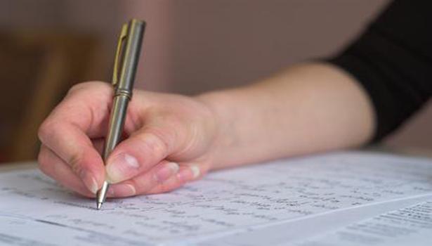 Tips Dan Etika Menulis Surat Lamaran Kerja Yang Benar