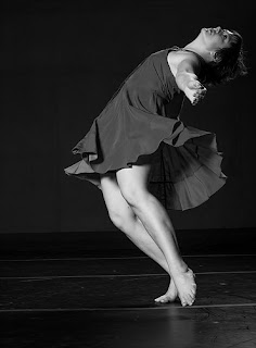 Dancer Sara Coffin photo Joshua_Sugiyama.