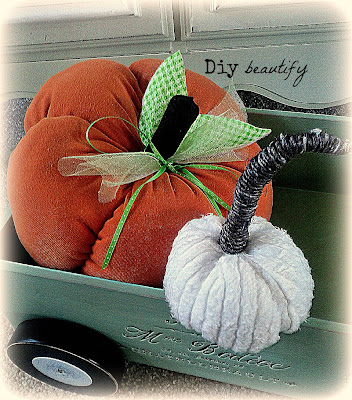 How to Make Pumpkins from Sweaters and T-Shirts www.diybeautify.com
