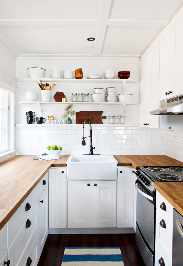 Refresheddesigns.: Sustainable Space: Small Kitchen Renovation