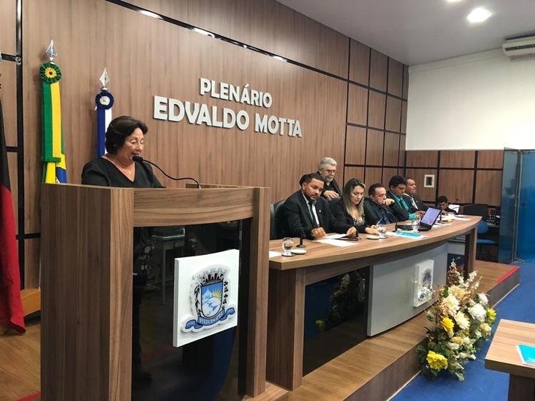 Comissão da CMP livra prefeito Dinaldinho de cassação e arquiva denúncias