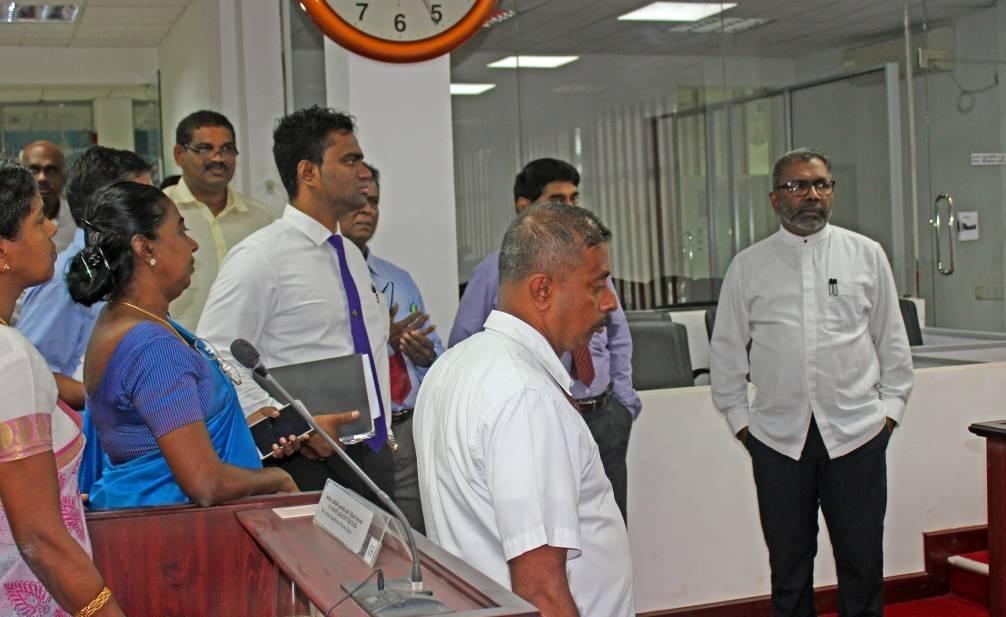 வடக்கு முதலமைச்சர் அலுவலகத்துக்கு- ஆளுநர் திடீர் விஜயம்!!