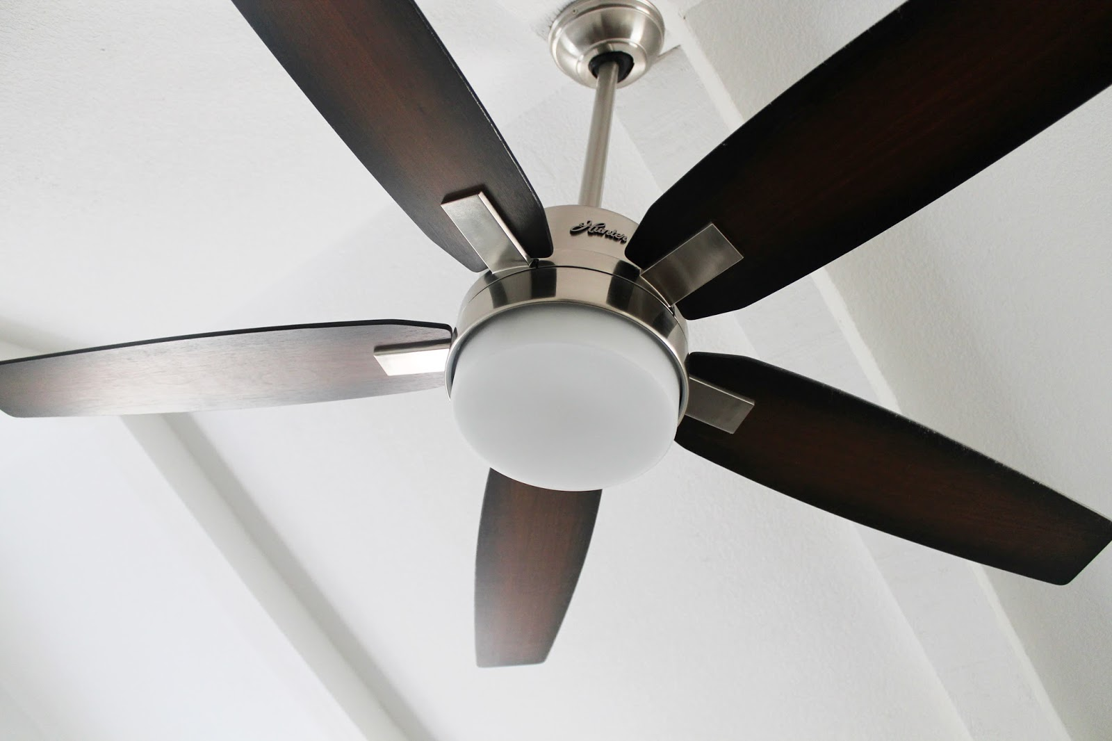 Contemporary Bedroom Ceiling Fans Cinsarah Texas 43 Ceiling Fans Hunter Fan Co Giveaway