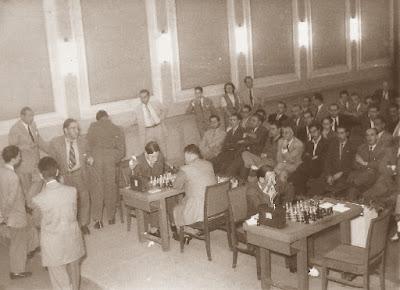 Torneo Internacional de Ajedrez Bercelona 1952, 1ª ronda, Lladó contra Bordell
