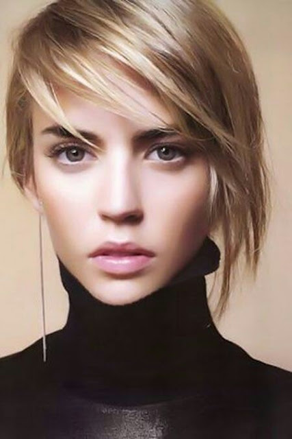 Straight short hairstyle