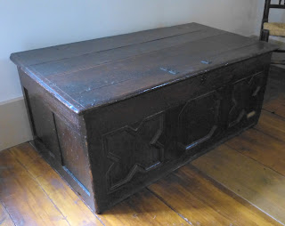 David Garrick's oak chest used for storing his costumes on display in the Garret, Dr Johnson's House Museum © Andrew Knowles