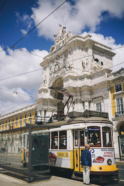 コメルシオ広場(Praça do Comércio)