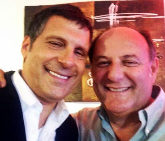 Come sta Fabrizio Frizzi dopo il malore? Auguri di Gerry Scotti su Instagram