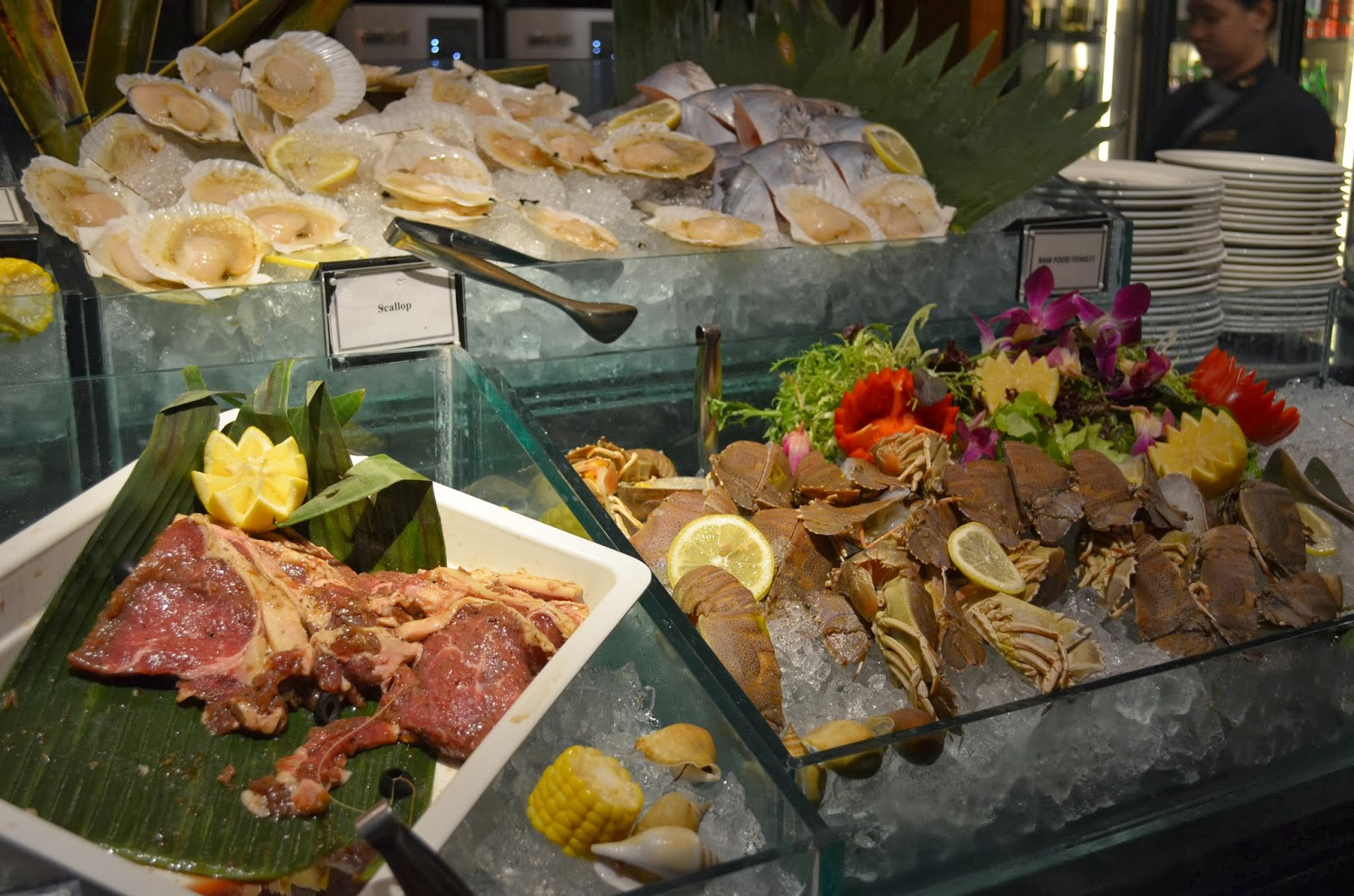 Cafe  M Hotel Buffet Review