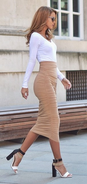amazing office style: top + skirt + heels
