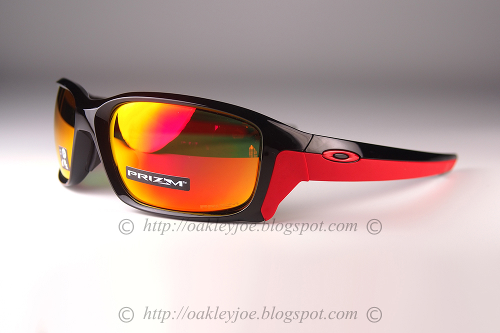 49ade389f4f0d lens pre coated with Oakley hydrophobic nano solution complete set comes  with box and microfiber pouch