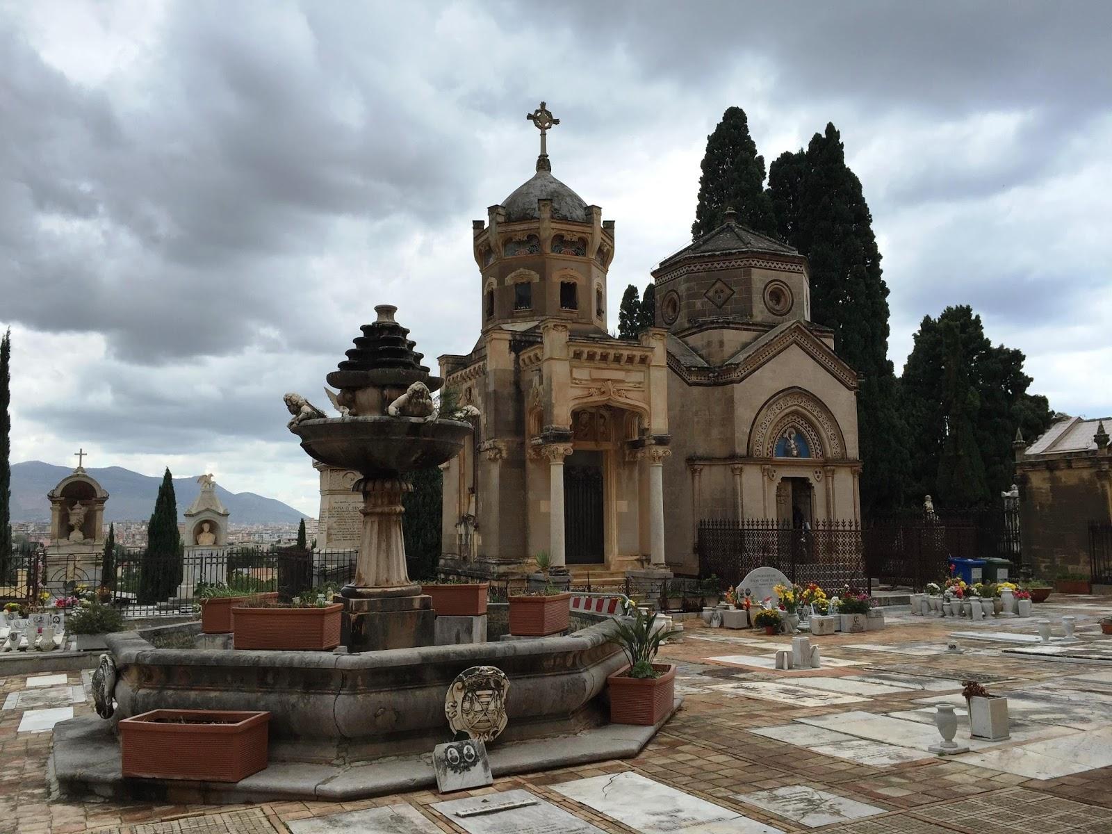 Percorsi d 39 arte funeraria di valeria il cimitero di for Arrediamo insieme palermo