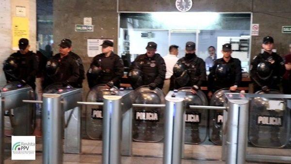Policía de Argentina toma Ministerio de Seguridad como protesta