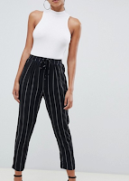 https://www.asos.fr/prettylittlething/prettylittlething-pantalon-carotte-a-fines-rayures/prd/8614041?CTAref=We%20Recommend%20Carousel_2&featureref1=we%20recommend%20pers
