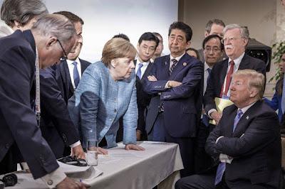 Бенджамин Фулфорд 11 июня 2018 года: Саммит Ким / Трамп, Ротшильды и финансовая война взаимосвязаны Trump_Merkel_at_G7_2018