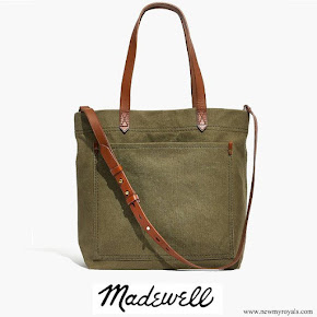 Meghan Markle carries Madewell Canvas Medium Transport Tote