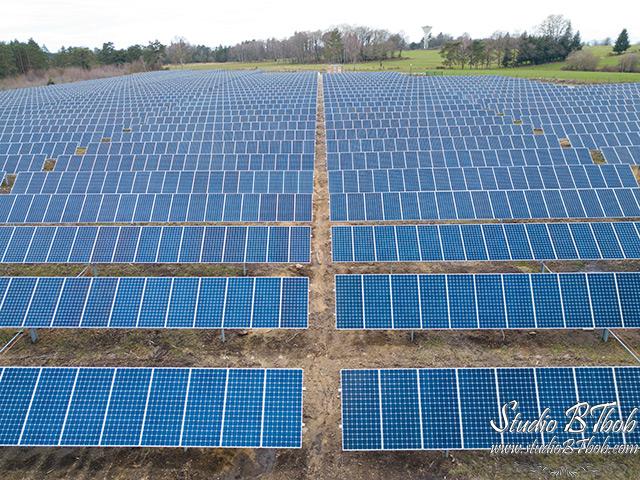 Photographe drone parc photovoltaique