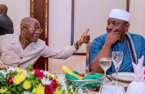 Funny Pics Of Oshiomhole 'Mocking' Okorocha In Aso Rock