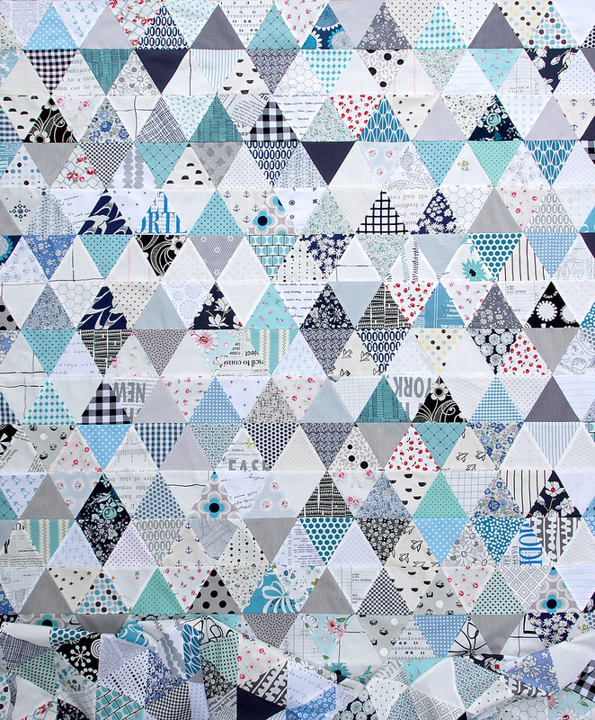 Triangles and More Triangles! An Equilateral Triangle Quilt | © Red Pepper Quilts 2017