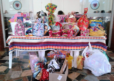 Neste dia, a comunidade luterana de Nova Odessa e região foi convidada a doar brinquedos, livros e roupas novas ou seminovas, para posterior entrega para as crianças do Centro Infantil Boldrini de Campinas.