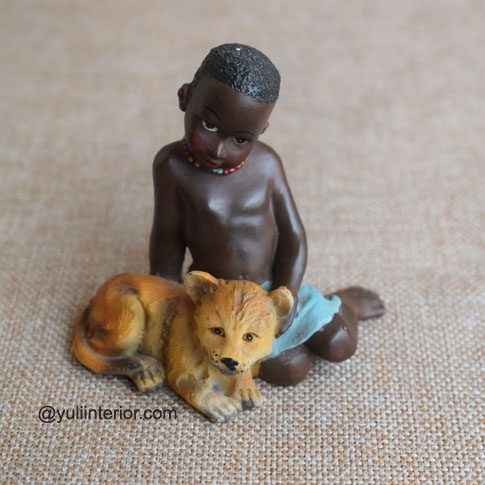 African Lareaux Ceramic Figurine available in Port Harcourt, Nigeria