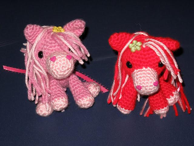 Crochet Valentine Ponies