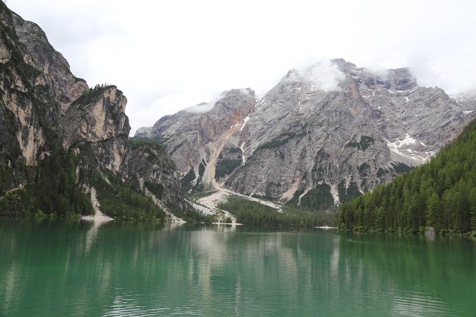 Fashionstylebyjohanna - Südtirol - Fedora Hut - Blogger - Austria - Outdoorblogger - Haglo- LagoDiBraies -SüdTirol - Pragser Wildsee-Best-Mountain-Artists-Outdoorblig - Austriablogger -Outdoorbloggerin