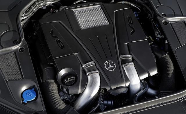 Động cơ Mercedes S500 4MATIC Coupe 2017 vận hành mạnh mẽ và vượt trội